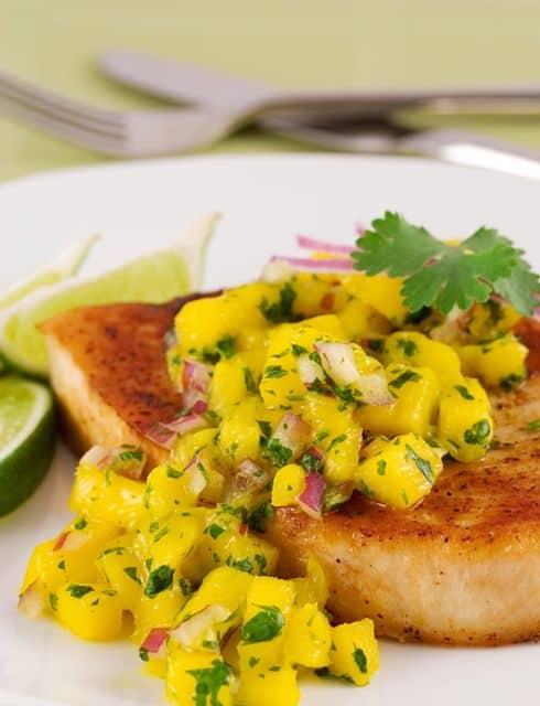 Sensational summer salsas with ww pointsplus for Mango salsa fish