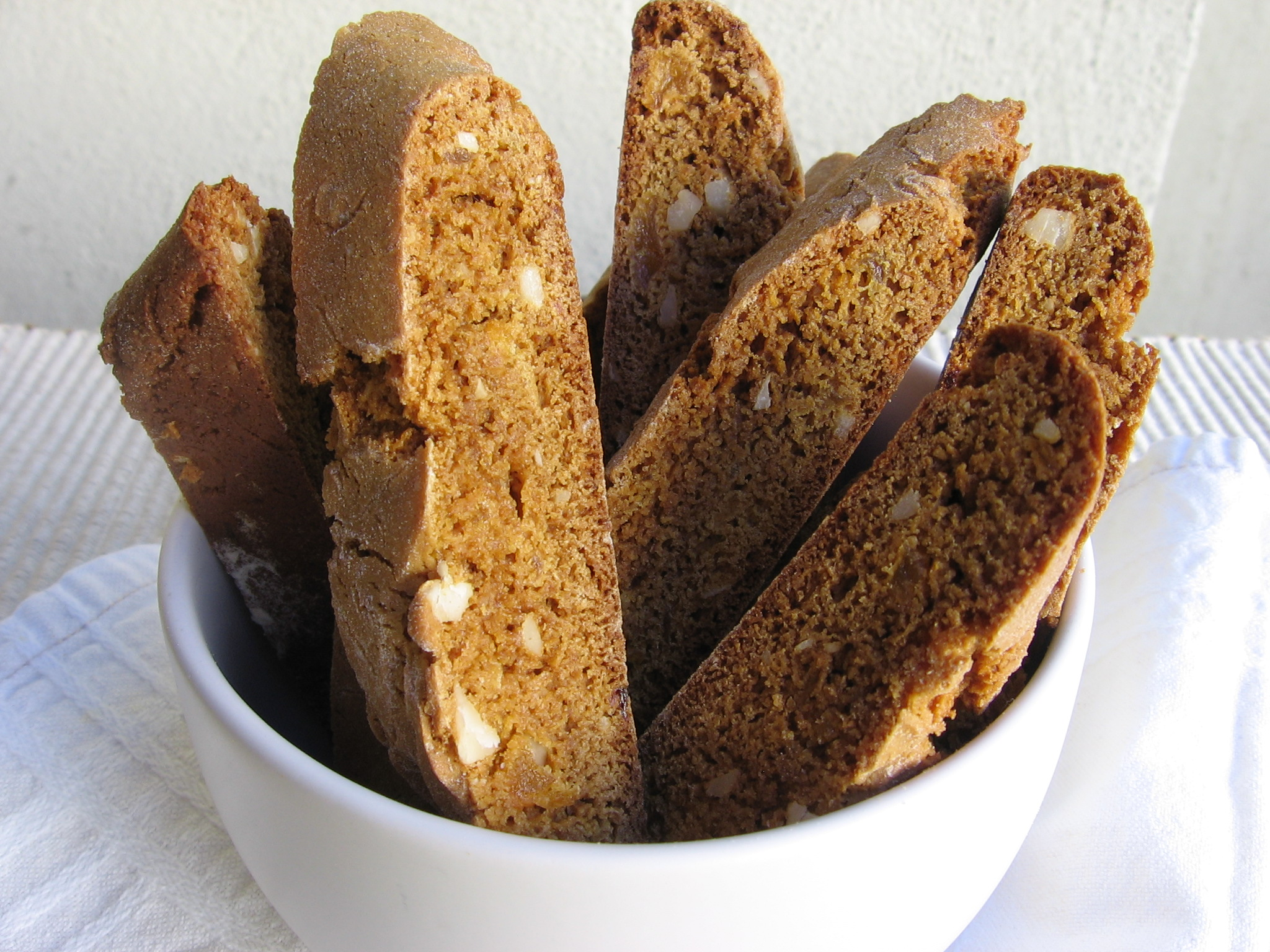 Low Fat Gingerbread Biscotti
