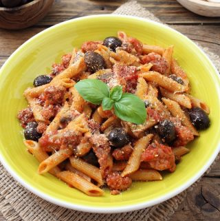 Mediterranean Chicken and Penne Pasta