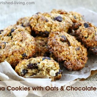 Healthy Banana Cookies with Oats and Chocolate Chips