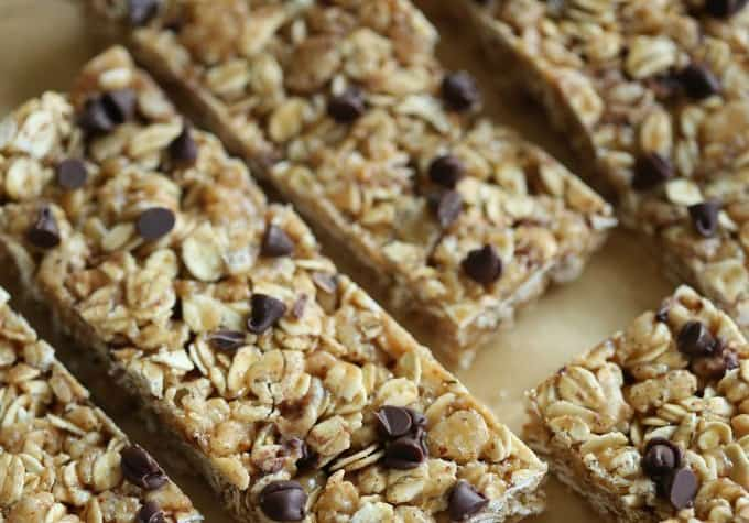 chocolate chip peanut butter no bake granola bars close up
