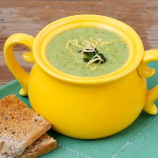 Slim & Healthy Cream of Broccoli Cheese Soup – 8 WW Freestyle SmartPoints