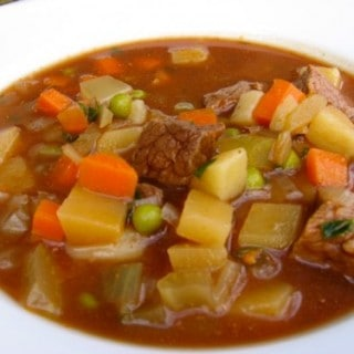Hearty Slow Cooker Beef and Vegetable Soup Recipe – 5 WW Freestyle SmartPoints
