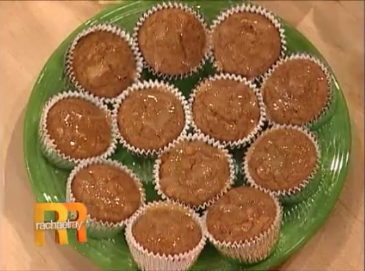 HungryGirl's Caramel Pumpkin Pudding Cupcakes on a green plate