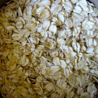 Eat Rolled Oats to Celebrate National Oatmeal Month