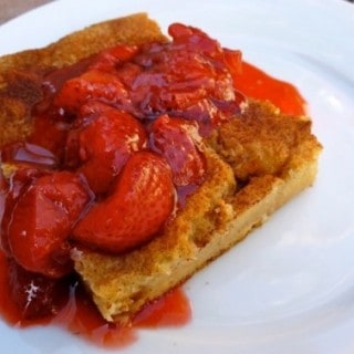 Skinny Baked French Toast with Strawberry Topping