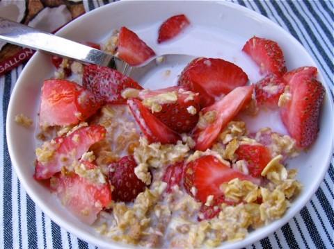 Strawberries, Granola & Coconut Milk