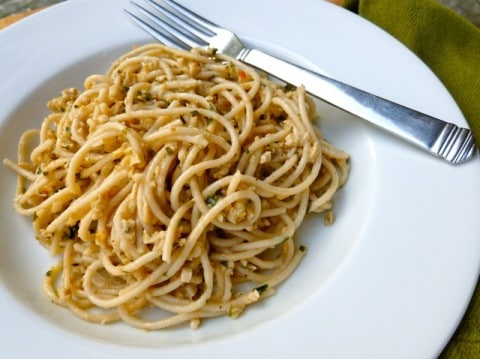 Lighter Spaghetti & Clam Sauce