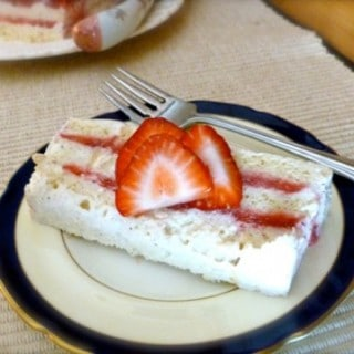 Weight Watchers Frozen Strawberry Layer Cake Recipe