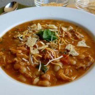 Chicken Salsa White Bean Soup
