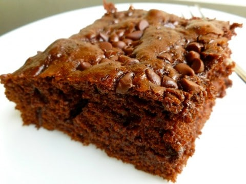 Easy Weight Watchers Friendly Chocolate Chip Snack Cake