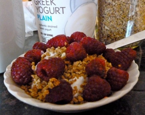 Yogurt with Raspberries & Grapenuts
