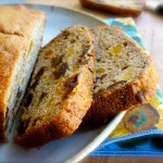 Low Fat Banana Bread with dates and Apricots
