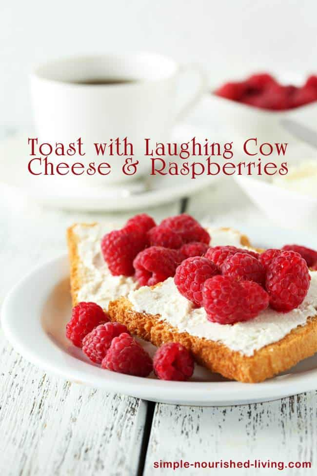 Weight Watchers Toast with Laughing Cow Cheese and Raspberries - 6 WW Freestyle SmartPoints