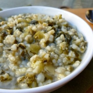 Simple Escarole and Brown Rice Soup