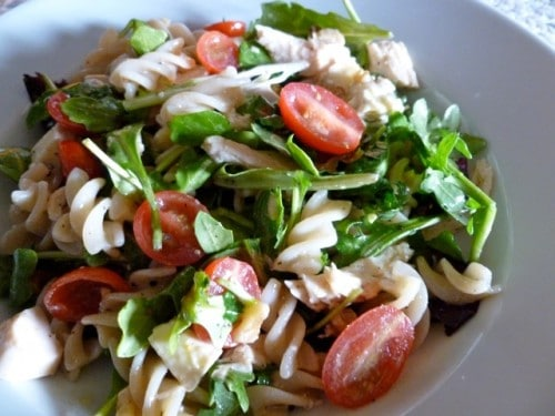 Arugula salad with pasta and blue cheese from above