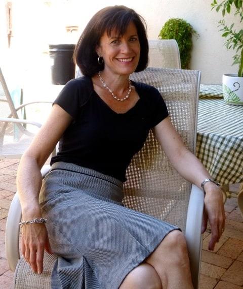 Martha Black Top Sitting