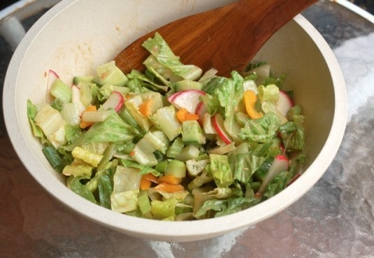 Cheap & Easy Tossed Green Salad