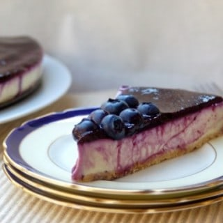 Skinny No-Bake Lemon Blueberry Cheesecake