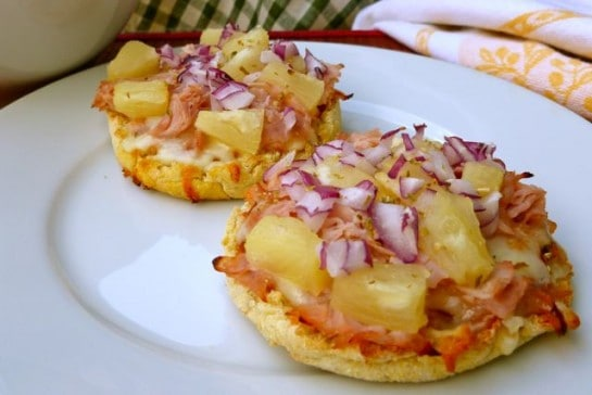 English Muffin Hawaiian Pizza for Weight Watchers