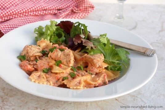 Crock Pot Cooker Bacon Ranch Chicken & Pasta