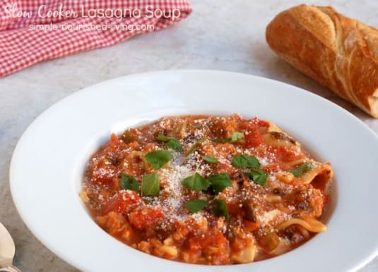 Slow Cooker Lasagna Soup - 4 Weight Watchers Freestyle SmartPoints