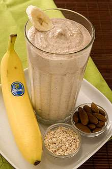 Almond Oatmeal Banana Smoothie
