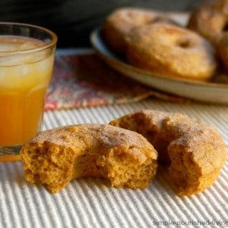 Healthy Baked Pumpkin Doughtnuts