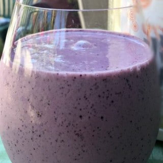 Blueberry Peach Protein Shake for Breakfast & Beyond