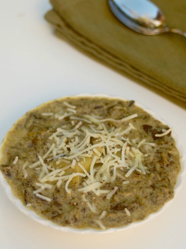 Skinny Slow Cooker Spinach Artichoke Dip Soup for Weight Watchers - 4 SmartPoints