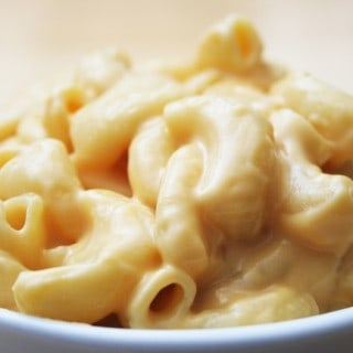 Light Stove Top Macaroni and Cheese – 9 SmartPoints