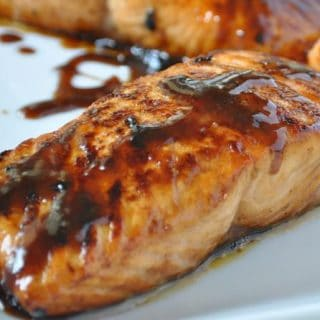 Weight Watchers Recipe of the Day: 5-Ingredient Easy Glazed Salmon & How To Video