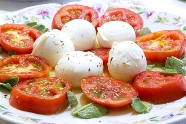 Laudemio Olive Oll Tomato Mozzarella Salad