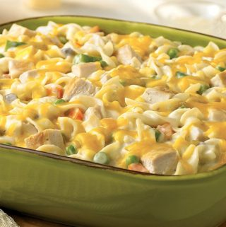 Weight Watchers Family Meals: Chicken Noodle Casserole Recipe  – 5 WW Freestyle SmartPoints
