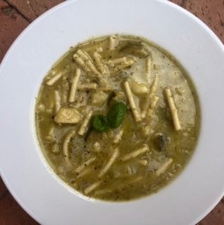 Italian Zucchini Pesto Soup – 5 Weight Watchers Freestyle SmartPoints