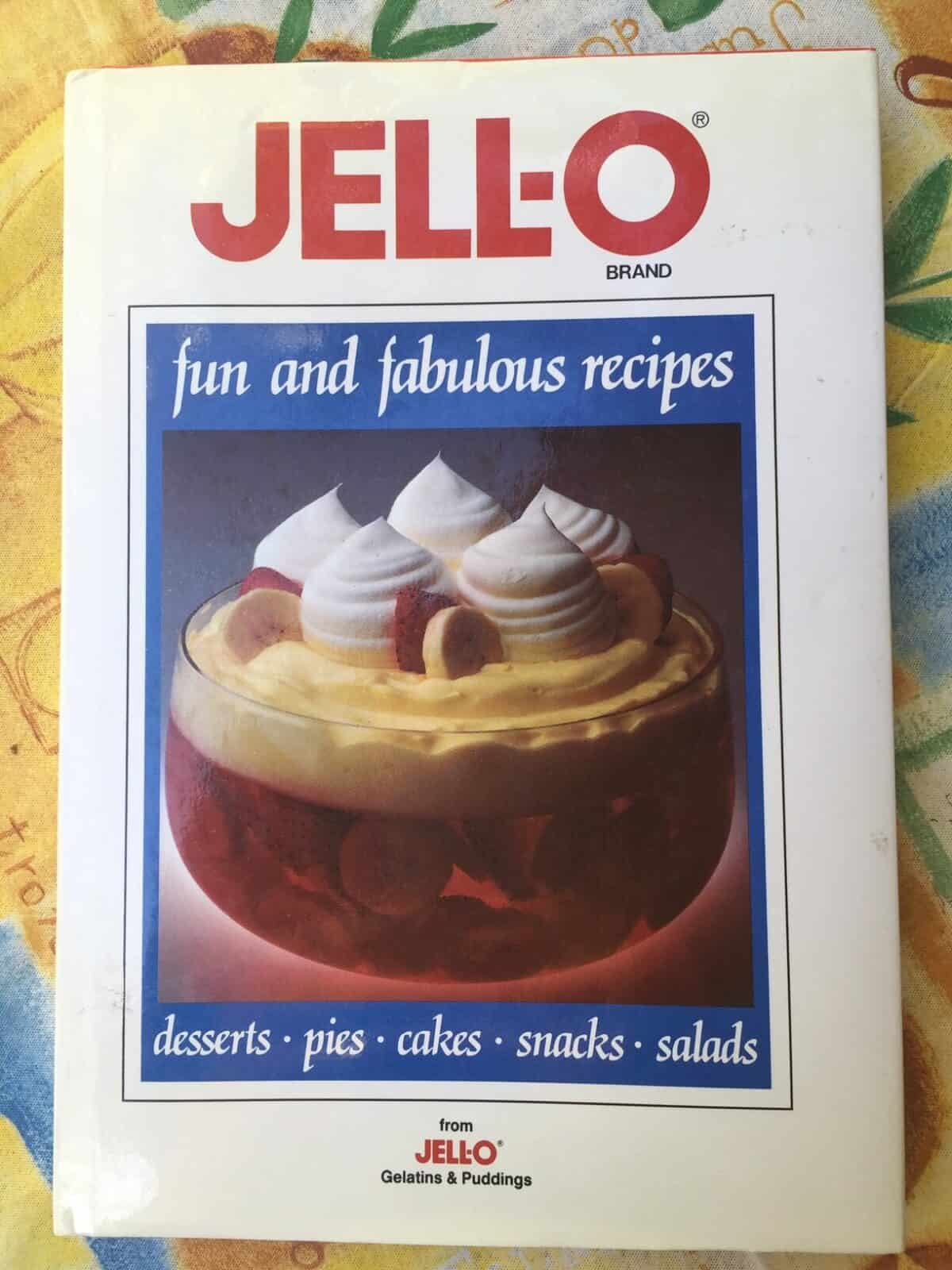 Book called Jell-o fun and fabulous recipes