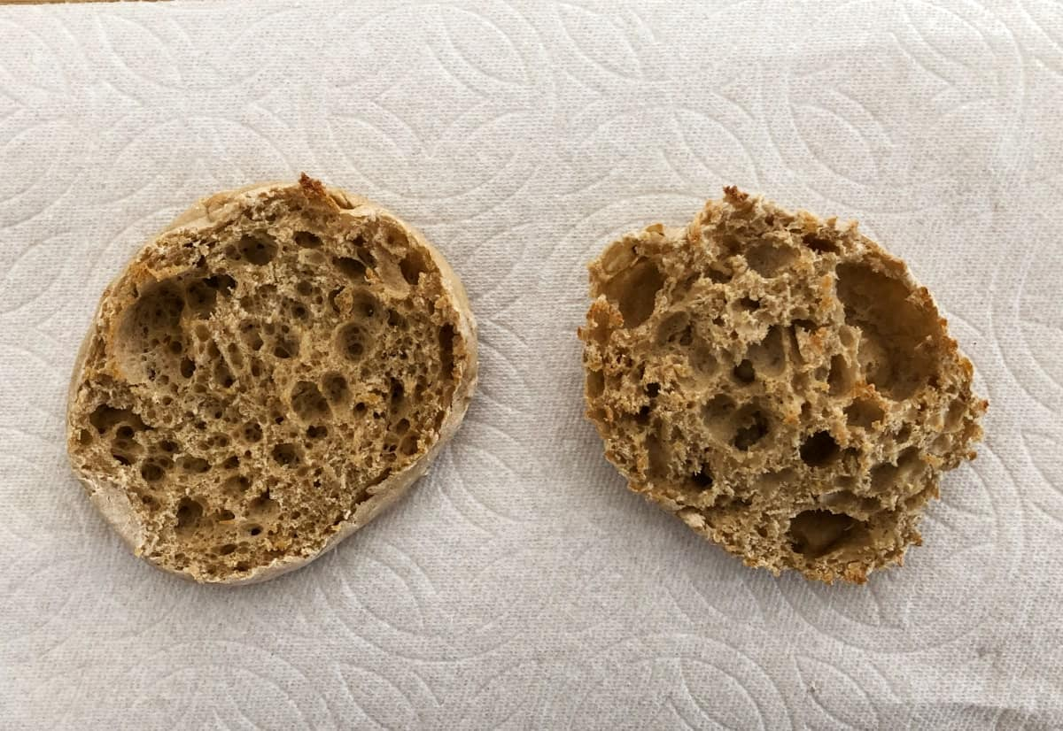 Lightly toasted multigrain English muffin